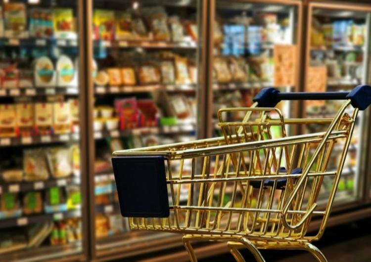 Sejmowa komisja poparła projekt uszczelniający zakaz handlu w niedziele