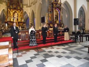 Zespół Karlik podczas koncertu w Krakowie
