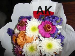 Wiązanka kwiatów złożona przezleśników z Namysłowa