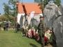 Skłądanie wieńców pod Pomnikiem Pamięci Ofiar Lubina '82