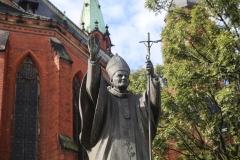 pomnik papież JP2 (11)