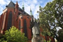 pomnik papież JP2 (12)