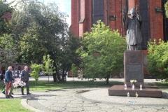 pomnik papież JP2 (2)
