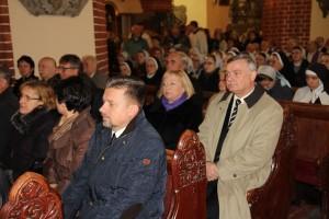 Uroczystości pogrzebowe księdza infułata Władysława Bochnaka (5)